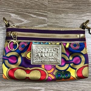 Coach poppy multicolor c print gold clutch zip up
